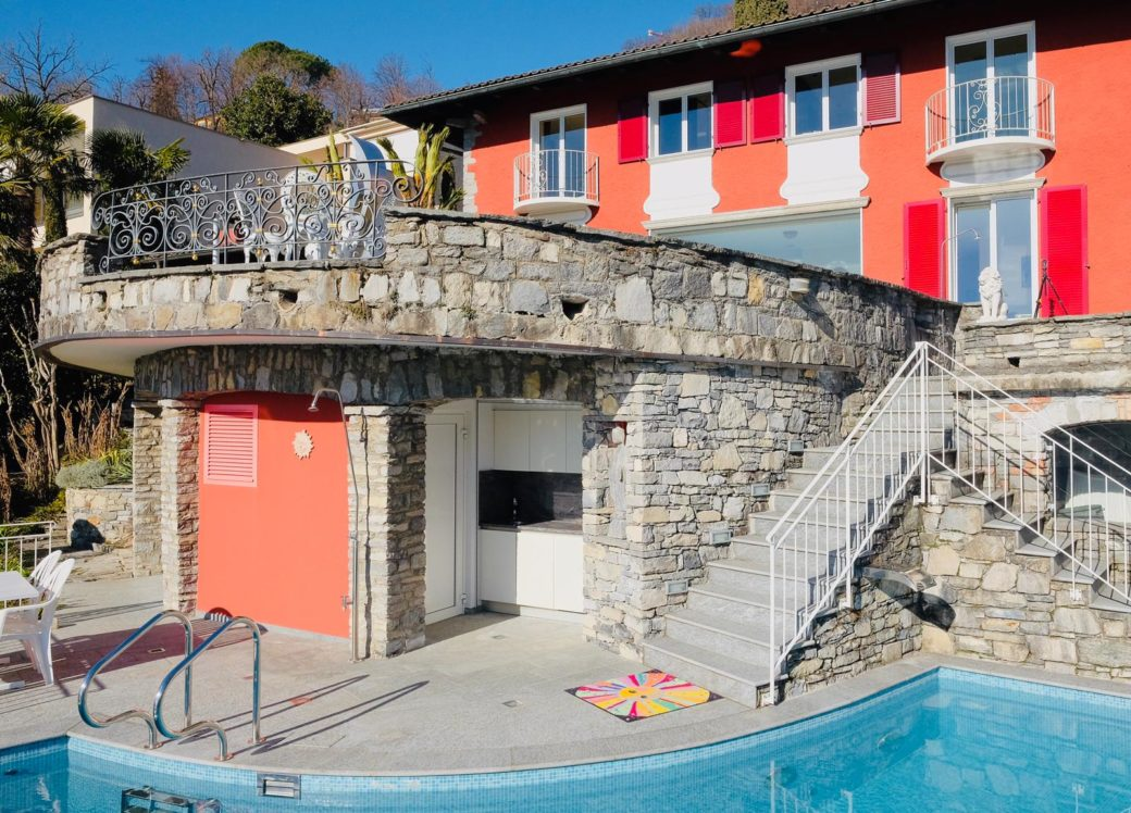 Vista esterna – piscina 2