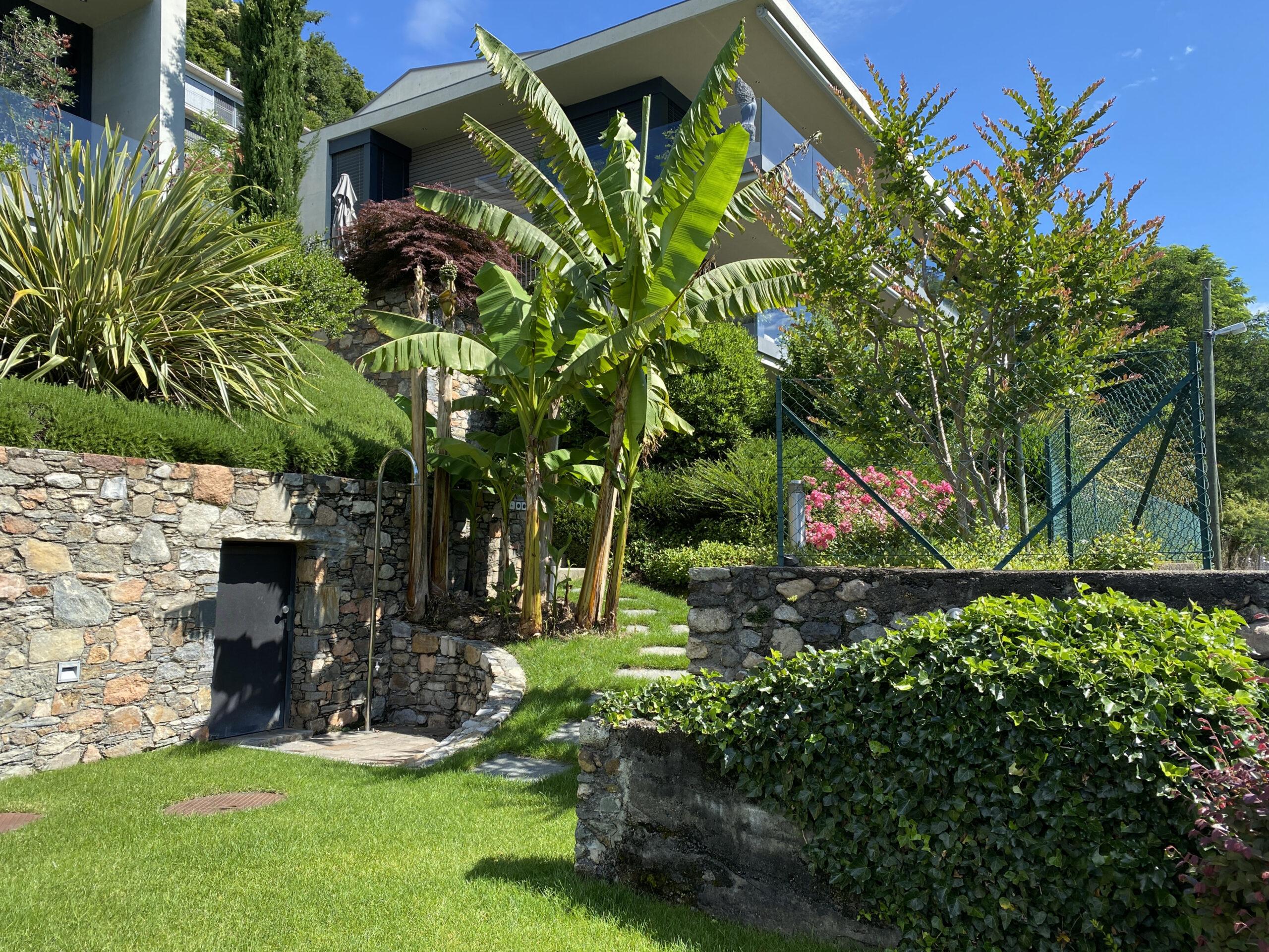 Ecco La Casa Dei Vostri Sogni Vista Lago Terrazza Giardino Piscina Condominiale Case Immobiliare